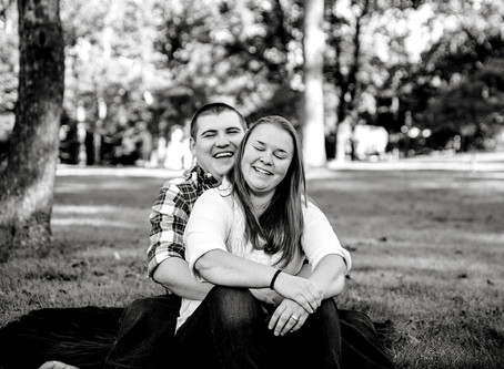 RELAXED ENGAGEMENT SESSION CAPRON PARK, ATTLEBORO MA - CAMERON AND JENN