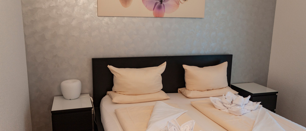 Doppelbett Schlafzimmer