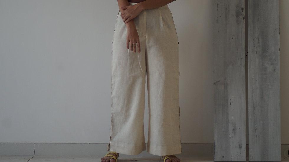 Kora Side Buttoned Pants