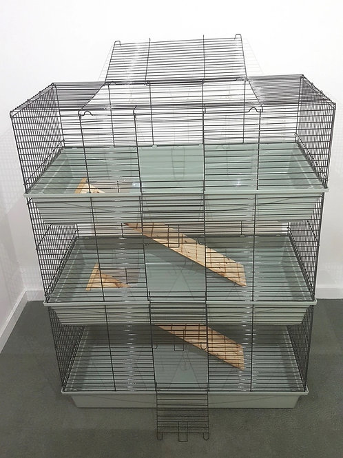 Triple Level Cage ***COLLECTION ONLY***