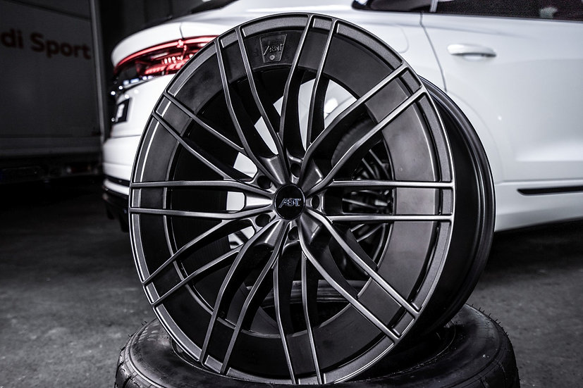 Audi Q8/SQ8 - HR22 Aero Wheel Set(Q8 & SQ8)