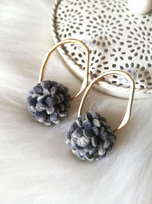 Juliet earrings grey