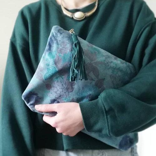 Julian envelope bag