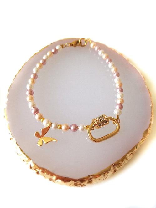 Tiny love bracelet