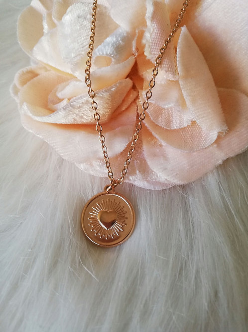 Tiny love necklace
