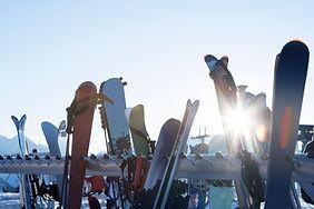 Прокат горных лыж и сноубордов на Дмитровском шоссе.