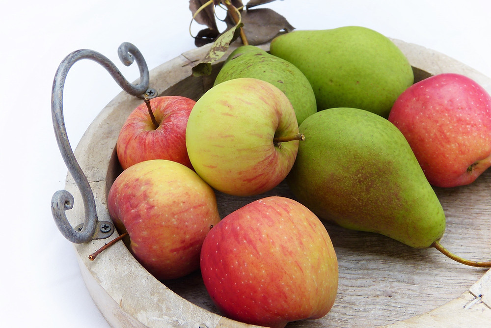Apples and pears can help to ease constipation after child birth
