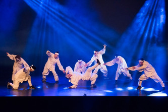 [Eng] Korean Top B-boys Group Jinjo Crew Sparks the Local Breaking Scene with Ablaze