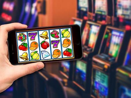 Fakta Menarik Bermain Game Slot Melalui Smartphone