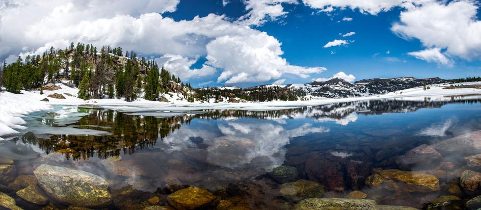 Beartooth lake panorama.jpg