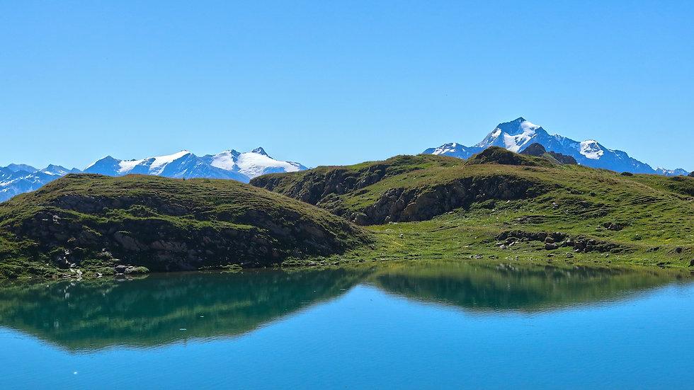 Lac de montagne et mont pourri.jpg