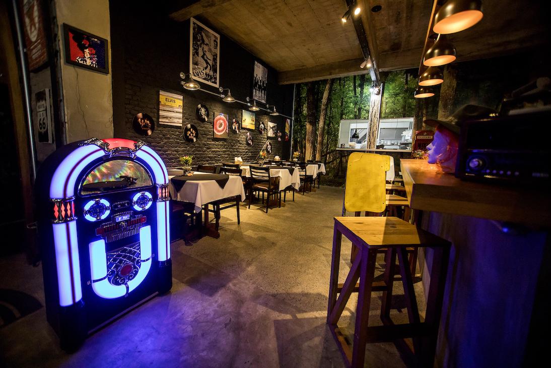 BarTô_Restaurante_Burguer_salao_1