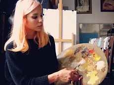 Elena Cantor with palette