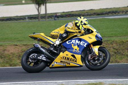 Valentino_Rossi_2006_CAMEL.jpg