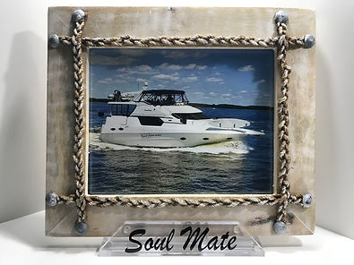 SeaClutch picture frame holder