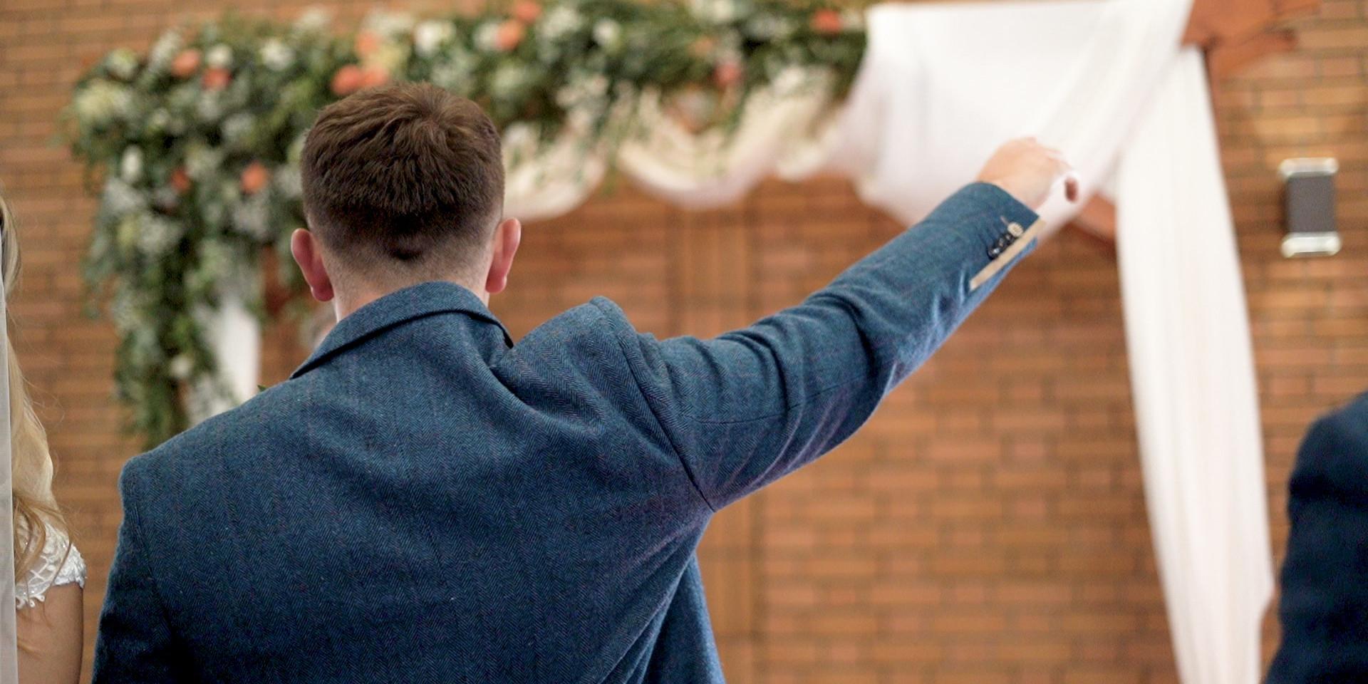 Wedding-ShortFilm.00_05_17_22.Still063.j
