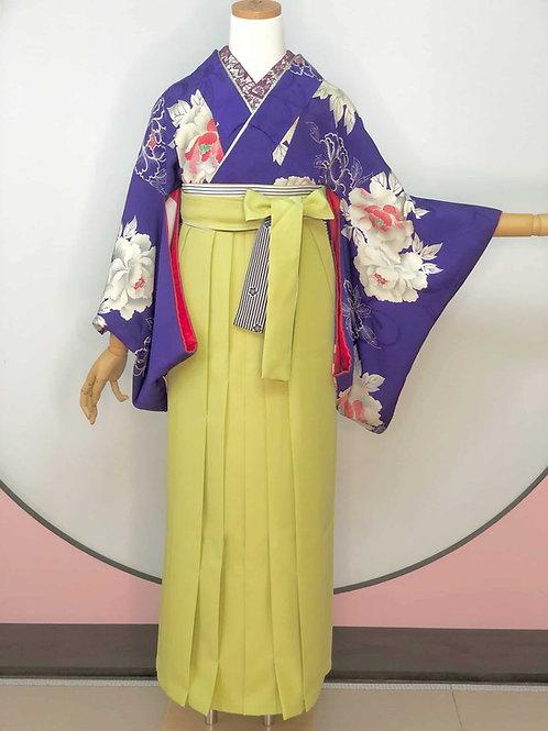 Antique 花紫地に白牡丹 お着物&袴