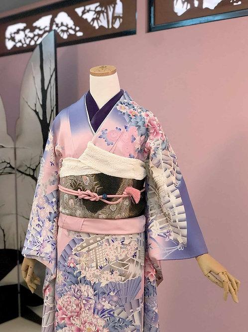 Vintage 薄紫にピンクグラデーション牡丹と扇文様 振袖