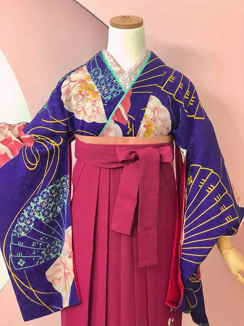 Antique 本紫地に牡丹と扇文様お着物&袴