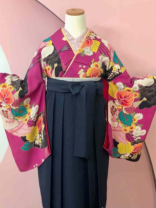Antique 中紅色に吉祥花と扇文様お着物&袴