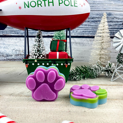 Pink Paws – Pink Sugar + Cotton Candy + Candy Cane + Pine + Sugar Milk & Cookies