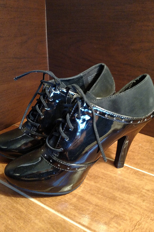 FIONI Women's Patent Leather and Suede Back Heels Size 7.5