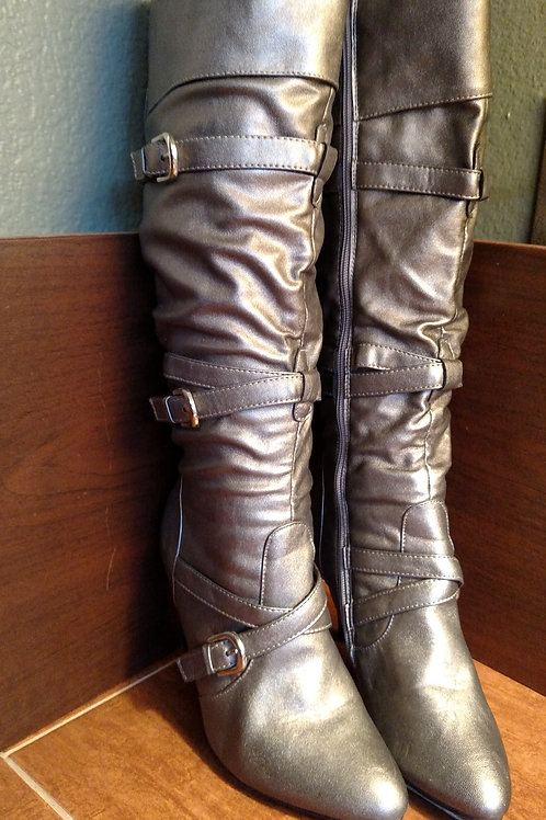 Like New Breckelles Silver Women's Boots Size 7
