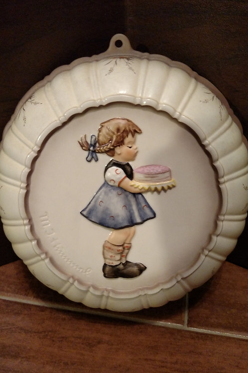 "Vintage Hummel ""Sweet As Can Be"" Round Wall Hanging"