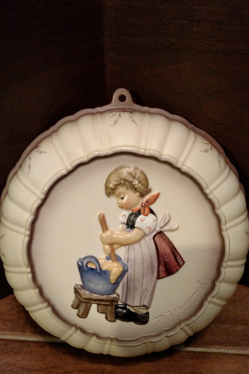 "Vintage Hummel ""Baking Day"" Round Wall Hanging"