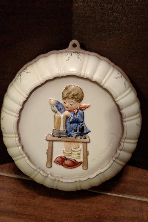 "Vintage Hummel ""Fair Measure"" Round Wall Hanging"
