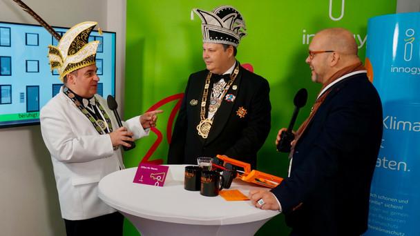 Osnabrücker Stadtprinz verleiht dem Moderator einen Orden