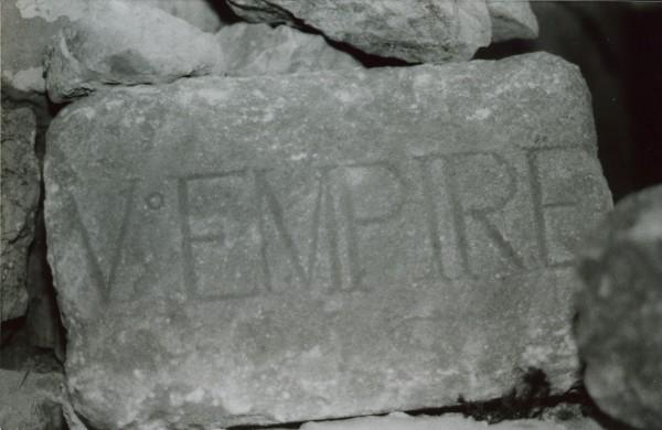 V_me_Empire_la_dalle