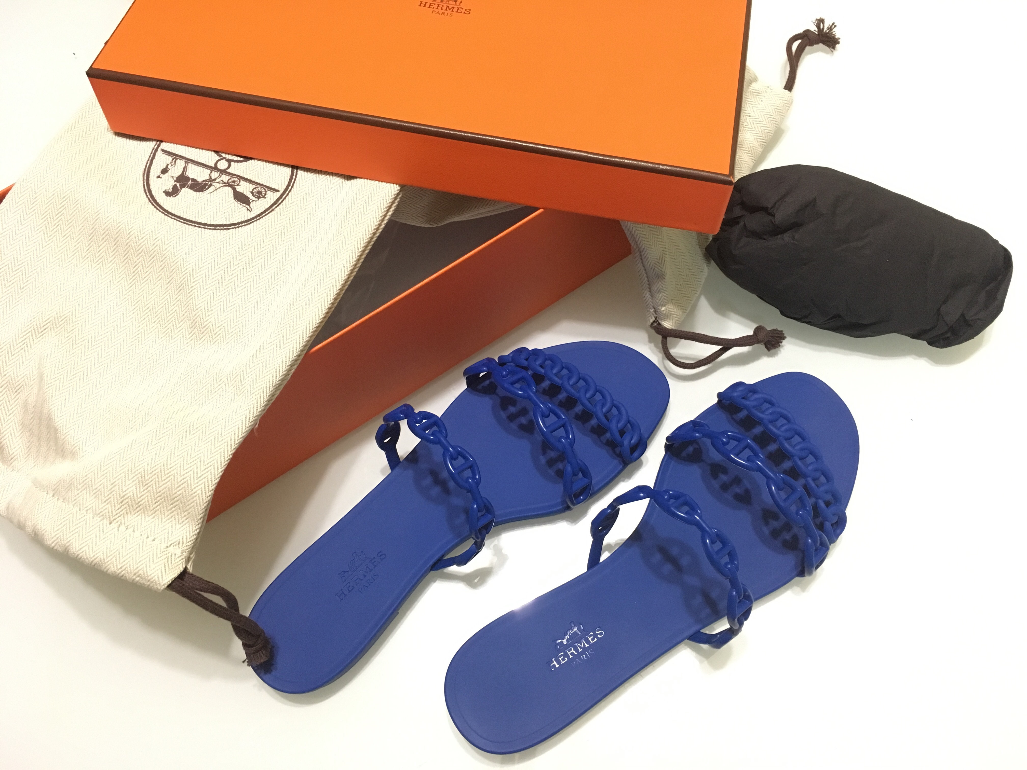 cae921379 Hermes Rivage Sandals size 37 New