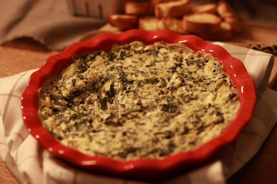 Baked Creamy Spinach & Artichoke Dip