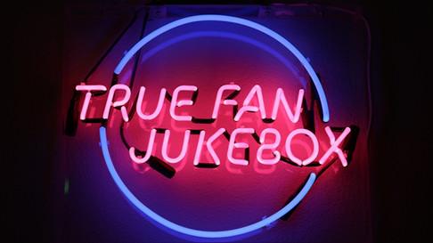 True-fan-juke