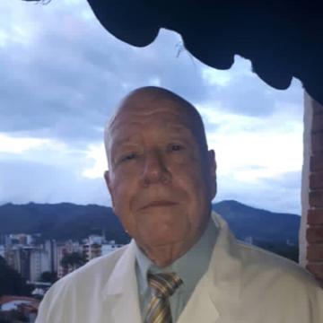 DR. NESTOR DE LA PORTILLA GEADA.