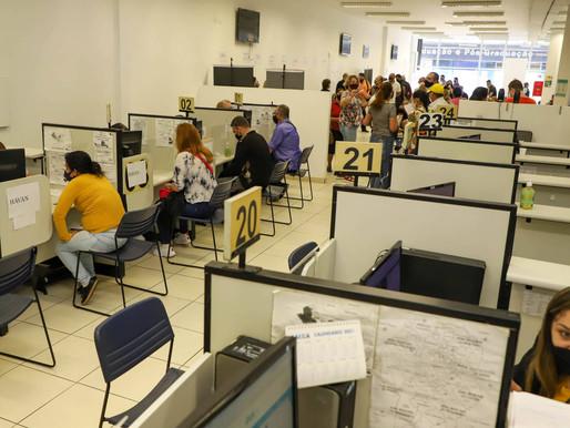 Agências do Trabalhador ofertam mais de 3,7 mil vagas de emprego no Paraná