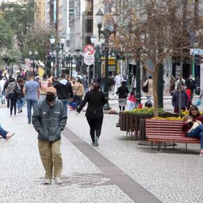 Redução da Covid-19 em Curitiba pode flexibilizar decreto que vence hoje