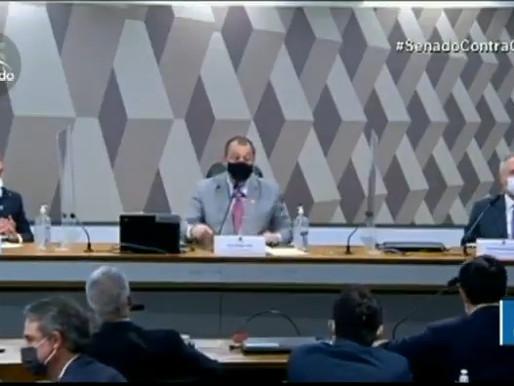 Na CPI, ministro da Saúde compara Bolsonaro a fumante incorrigível