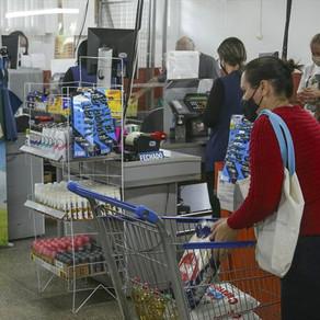 Prefeitura prorroga o Auxílio Alimentar até dezembro, para o Natal das famílias carentes