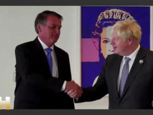 """Boris Johnson para Bolsonaro: """"Vacinas salvam vidas"""""""
