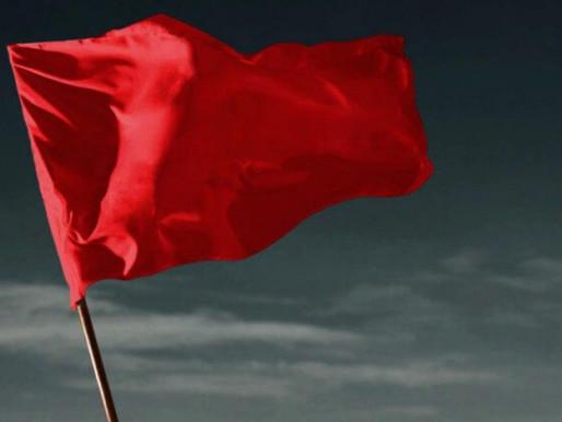 Bandeira vermelha: Veja como ficam as atividades em Curitiba