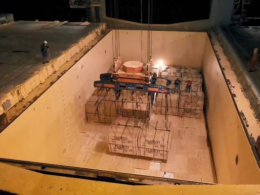 Após oito anos, madeira volta a ser embarcada direto no porão de navio no Porto de Paranaguá