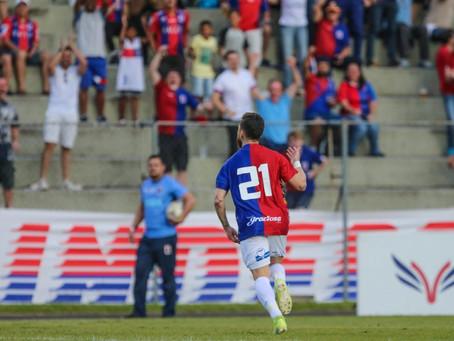 Técnico Allan Aal promete cobrança a Robson por provocação para a torcida após gol