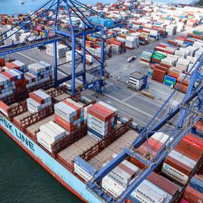Movimentação de cargas em contêineres aumenta 12% no Porto de Paranaguá