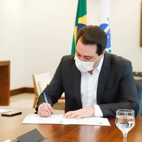 Ratinho Junior assina carta pelo clima para Joe Biden