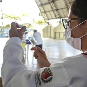 Saúde convoca novo grupo para dose de reforço anticovid neste sábado