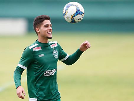 Coritiba vende Yan Couto ao Manchester City e lateral pode estrear no Paranaense