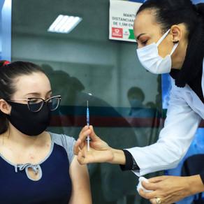 5 milhões de paranaenses estão completamente imunizados contra a Covid-19