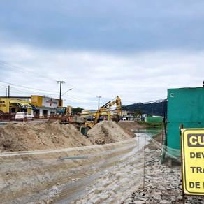 Trânsito em Matinhos continua com desvios durante obra de duplicação da PR-412